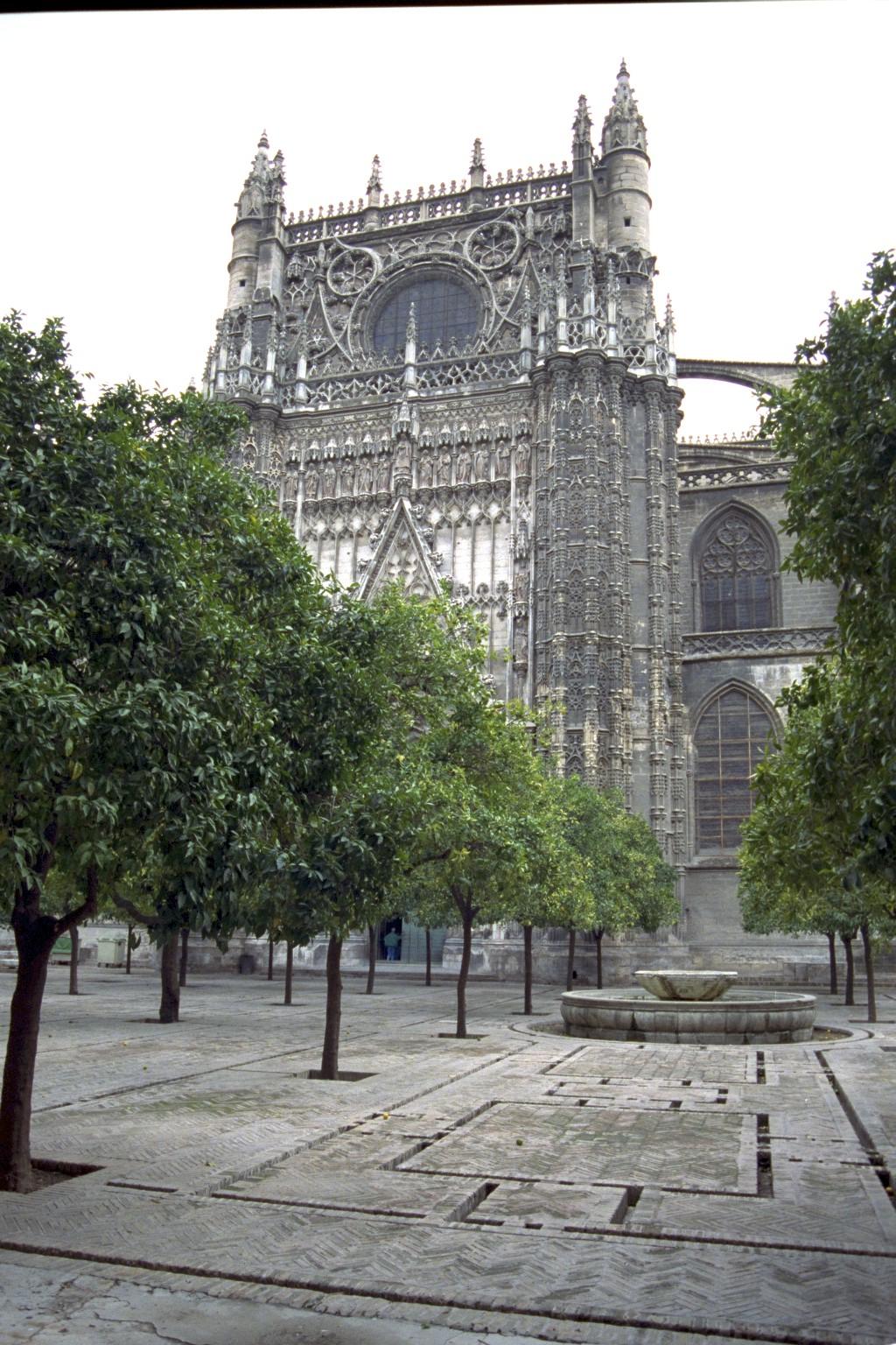 Patio de los Naranjos, Sevilla