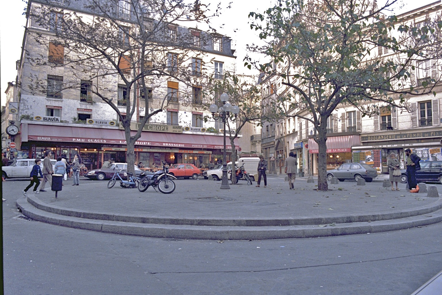 Place Contrescarpe, Paris